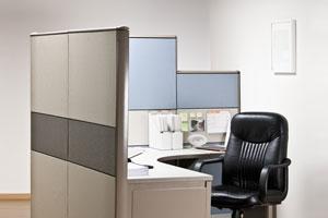 Trucos para decorar una oficina peque a o cub culo for Como decorar una oficina pequena